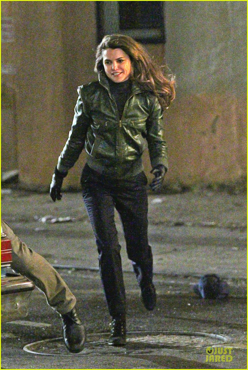 Fight Scenes Are Like Learning A Dance You Learn It Move: Keri Russell: 'The Americans' Fight Scenes!: Photo 3027392
