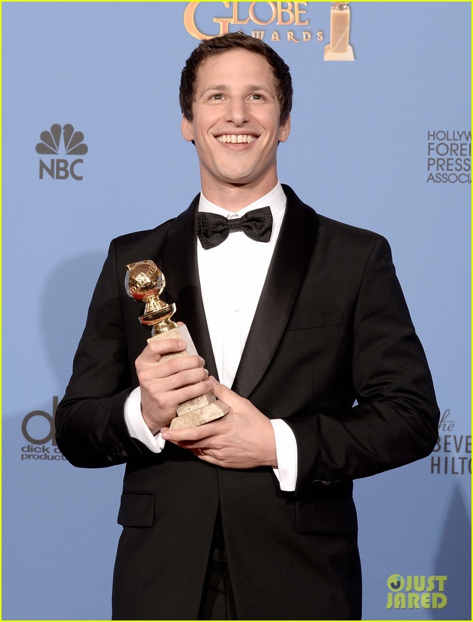 andy samberg wins best actor at golden globes 2014 013029636