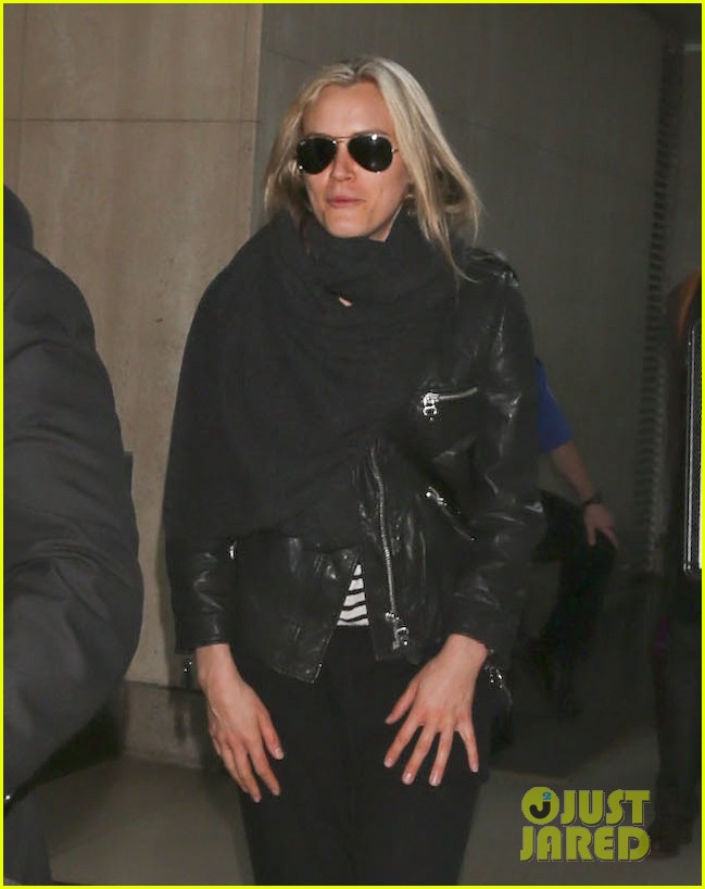taylor schilling arrives in los angeles for golden globes week 043027054