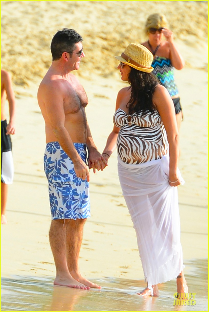 simon cowell lauren silverman hold hands on new year eve 253020730