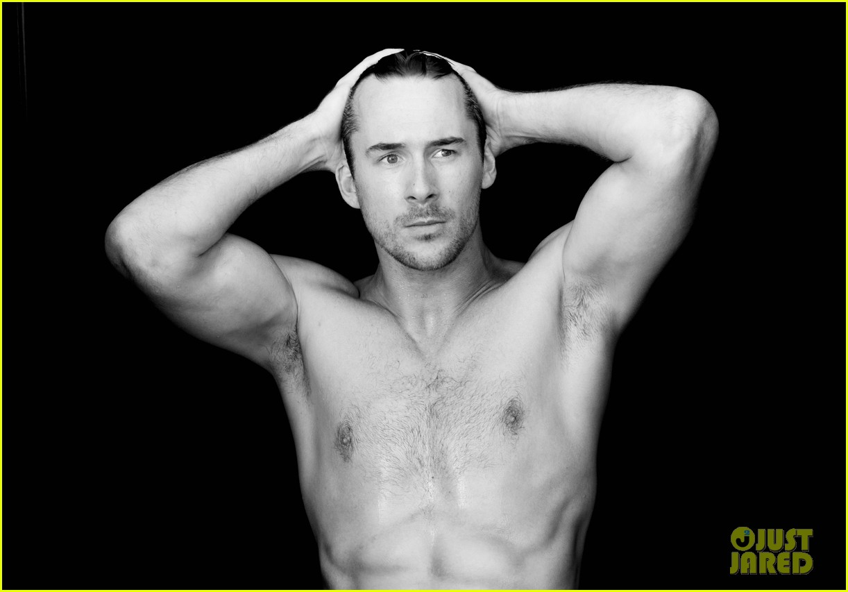 barry sloane shirtless for cosmopolitan uk 013024452
