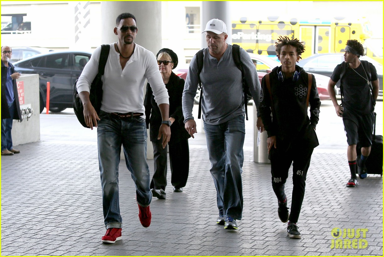 buff will smith takes jaden out of town 163044264