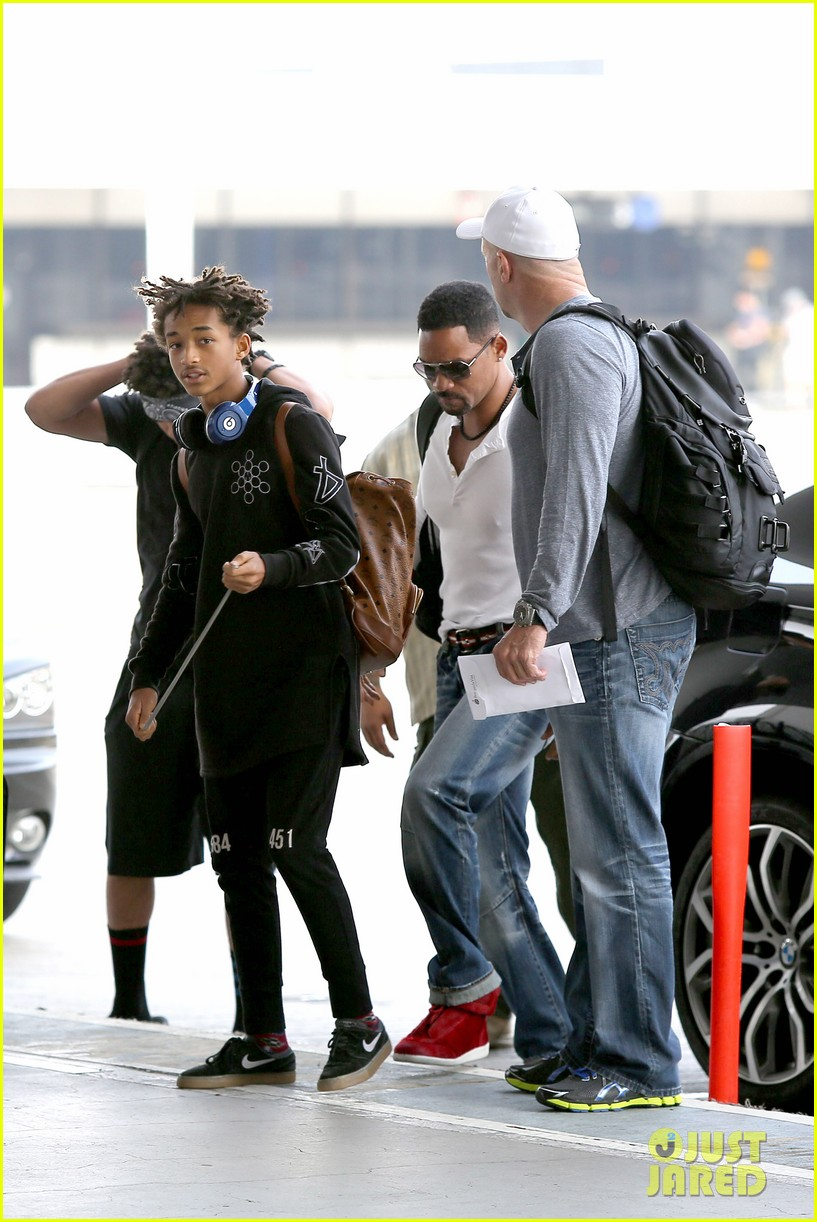 buff will smith takes jaden out of town 173044265