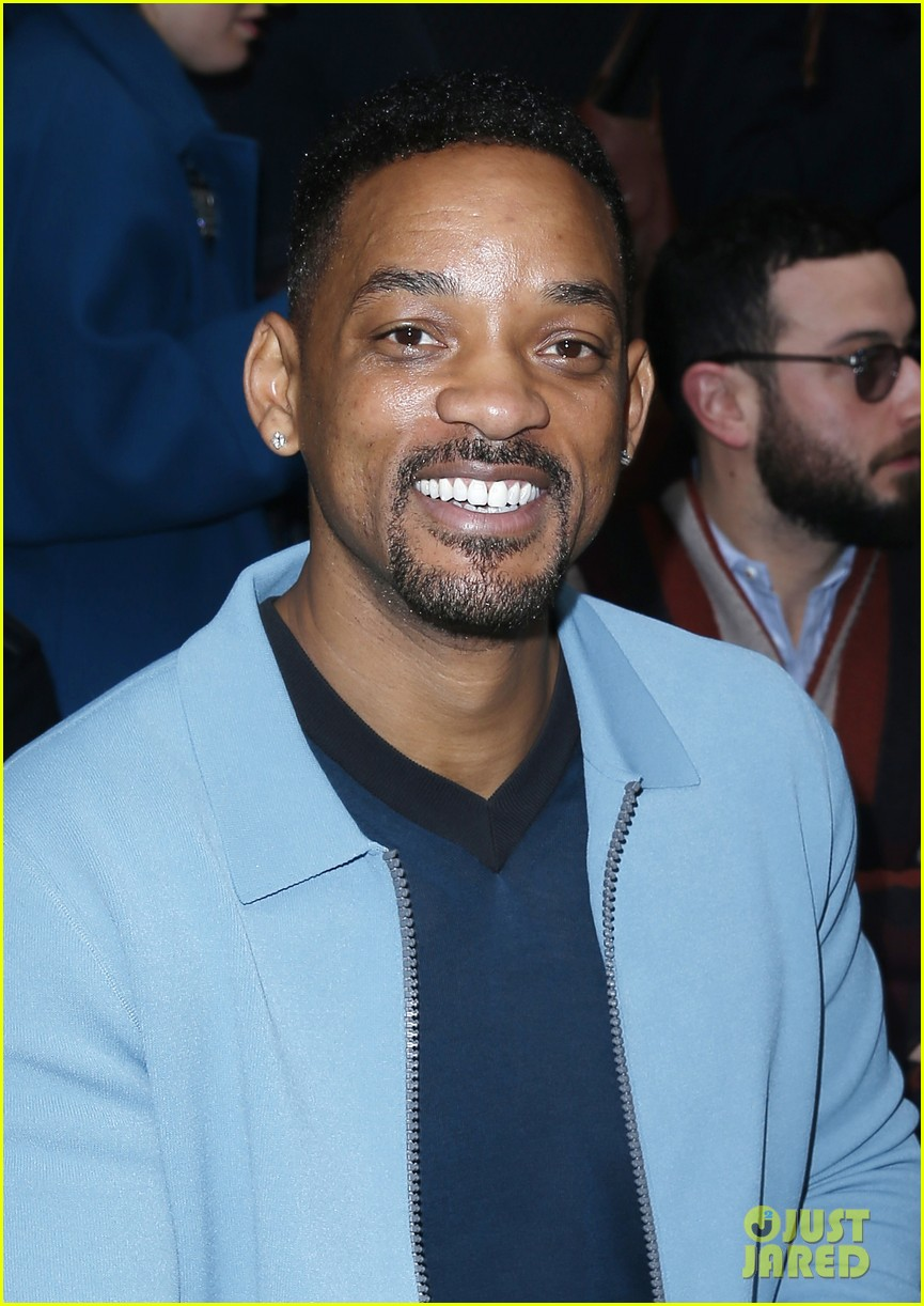will smith lanvin fashion show with victor cruz 023036459