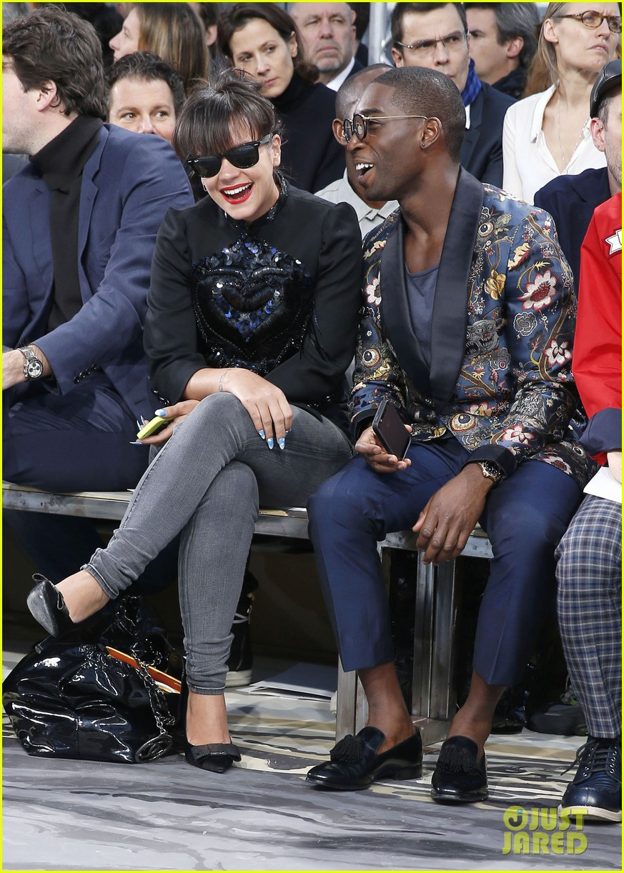 will smith lily allen louis vuitton fashion show 01