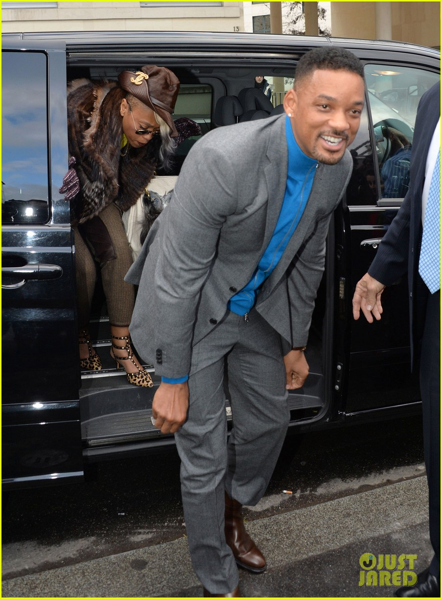 will smith lily allen louis vuitton fashion show 05