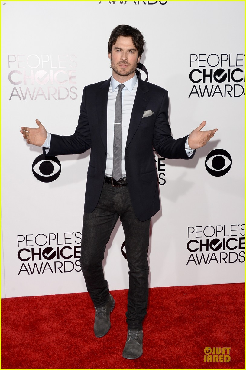 ian somerhalder peoples choice awards 2014 red carpet 013025608