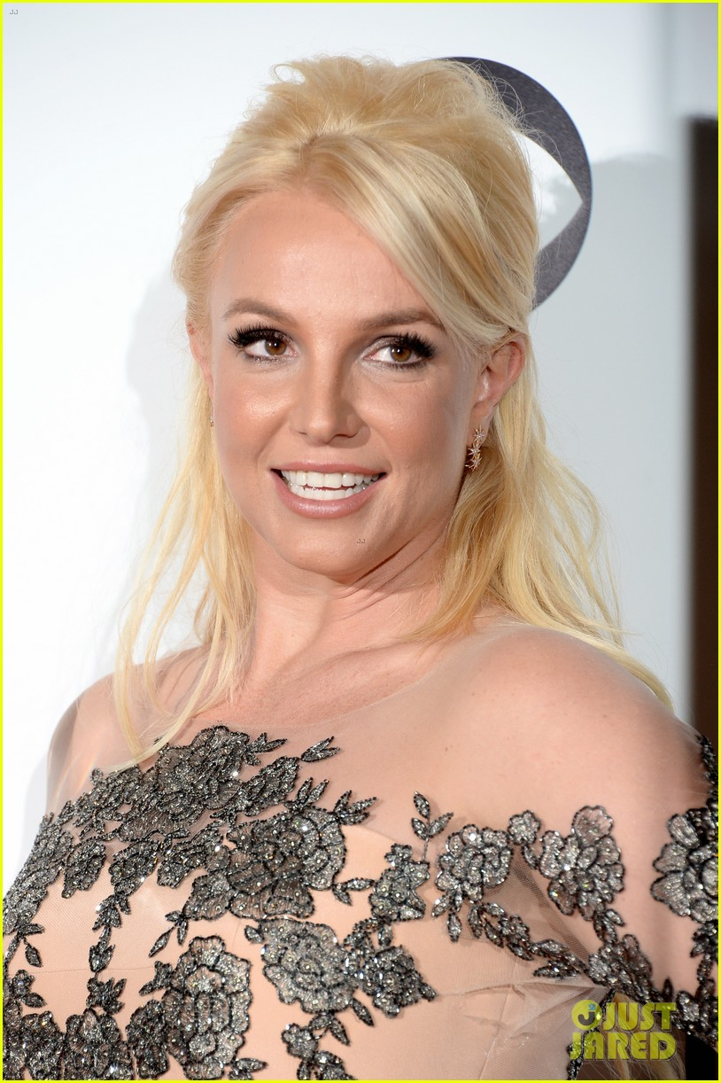 britney spears peoples choice awards 2014 with david lucado 073025700