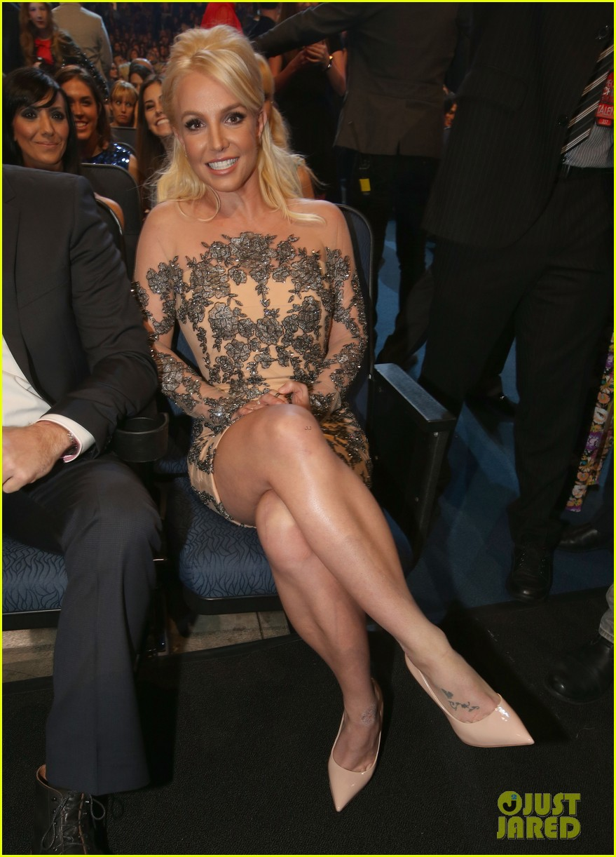 britney spears peoples choice awards 2014 with david lucado 083025701