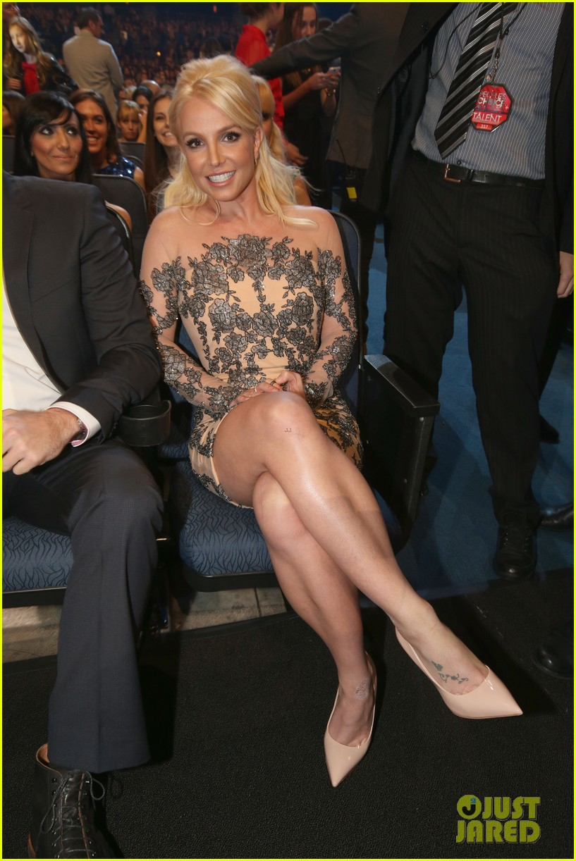 britney spears peoples choice awards 2014 with david lucado 093025702