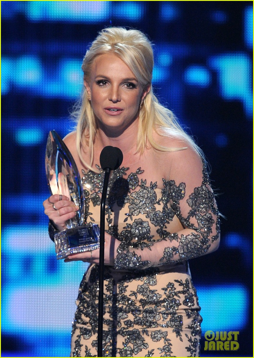 britney spears peoples choice awards 2014 with david lucado 173025710
