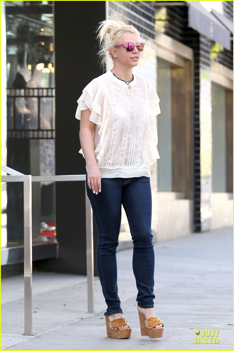 britney spears i cant wait to go back to vegas next friday 113038009