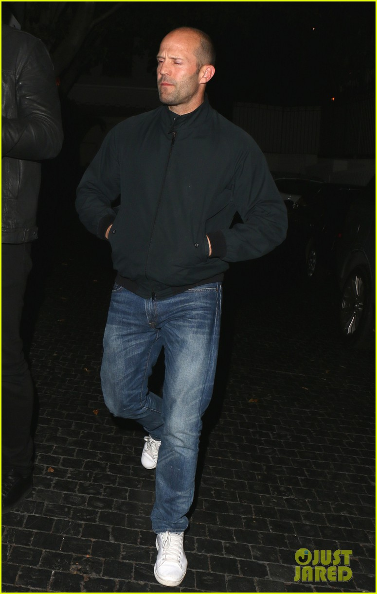 jason statham unwinds at chateau marmont 033032615