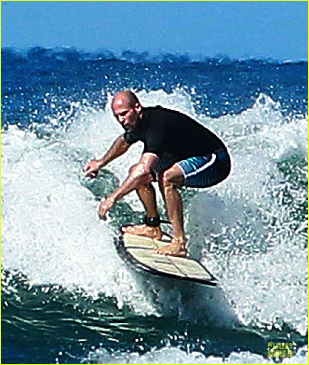 jason statham surfing vacation in hawaii 123024691