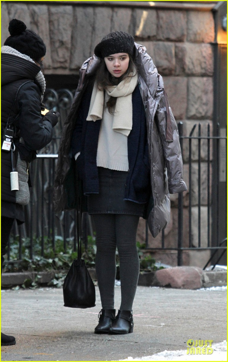 hailee steinfeld emily mortimer battle the cold for thousand saints 013045130