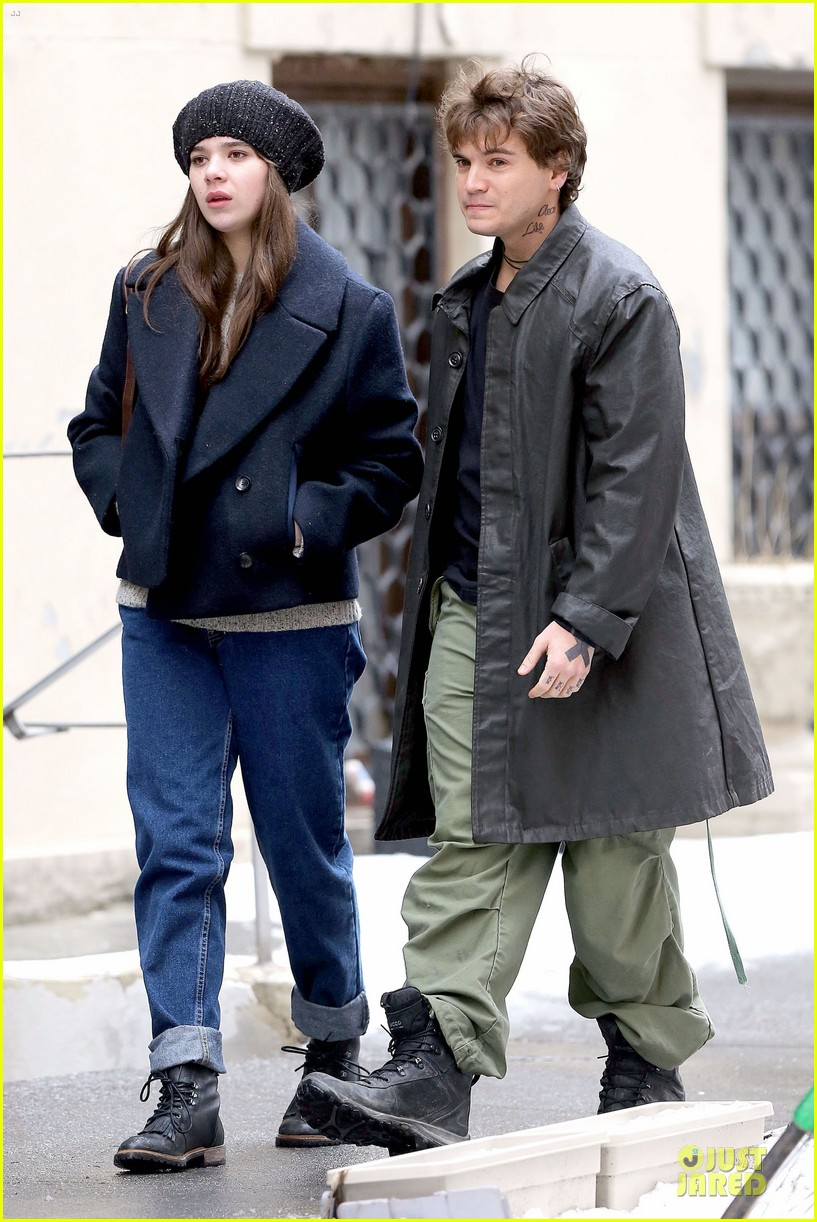 hailee steinfeld emile hirsch ten thousand saints set 063042408