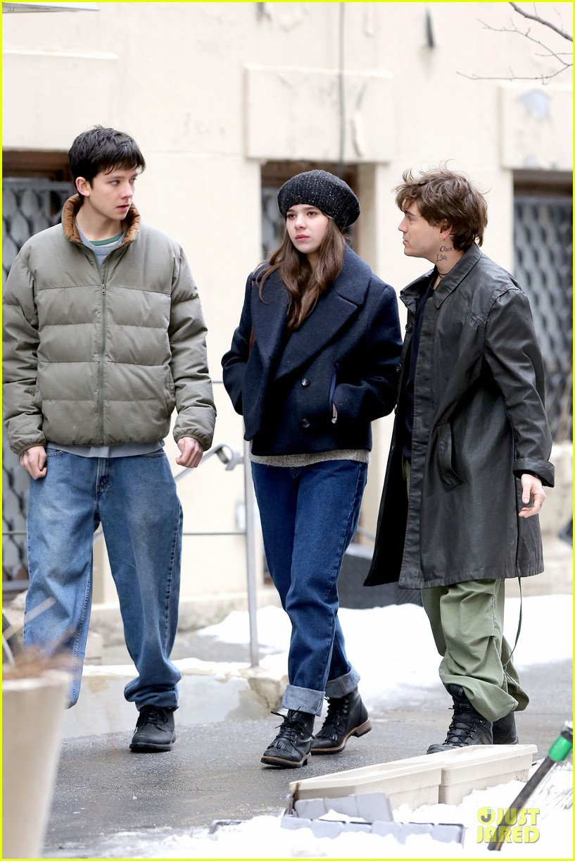 hailee steinfeld emile hirsch ten thousand saints set 113042413