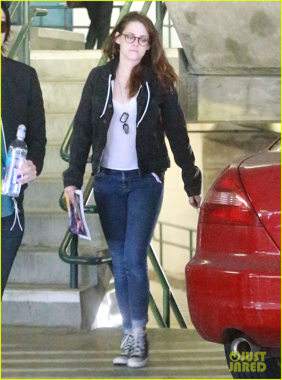 kristen stewart goes to the library with pal tamra natisin 273028228