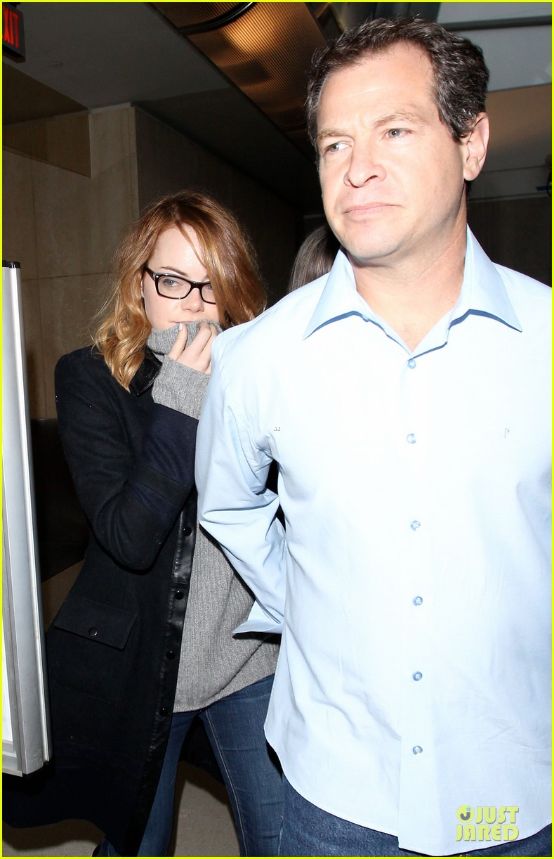 emma stone sports eyeglasses for lax landing 043037406