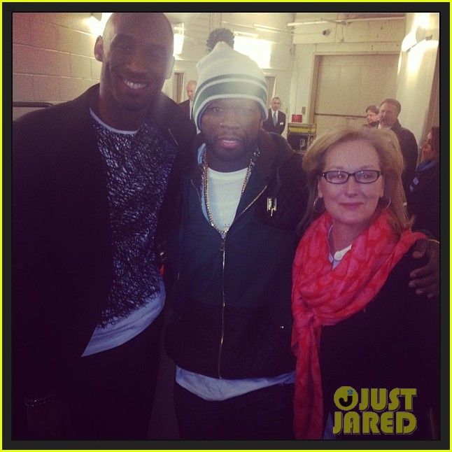 meryl streep gets gangsta with 50 cent at knicks game 043042047