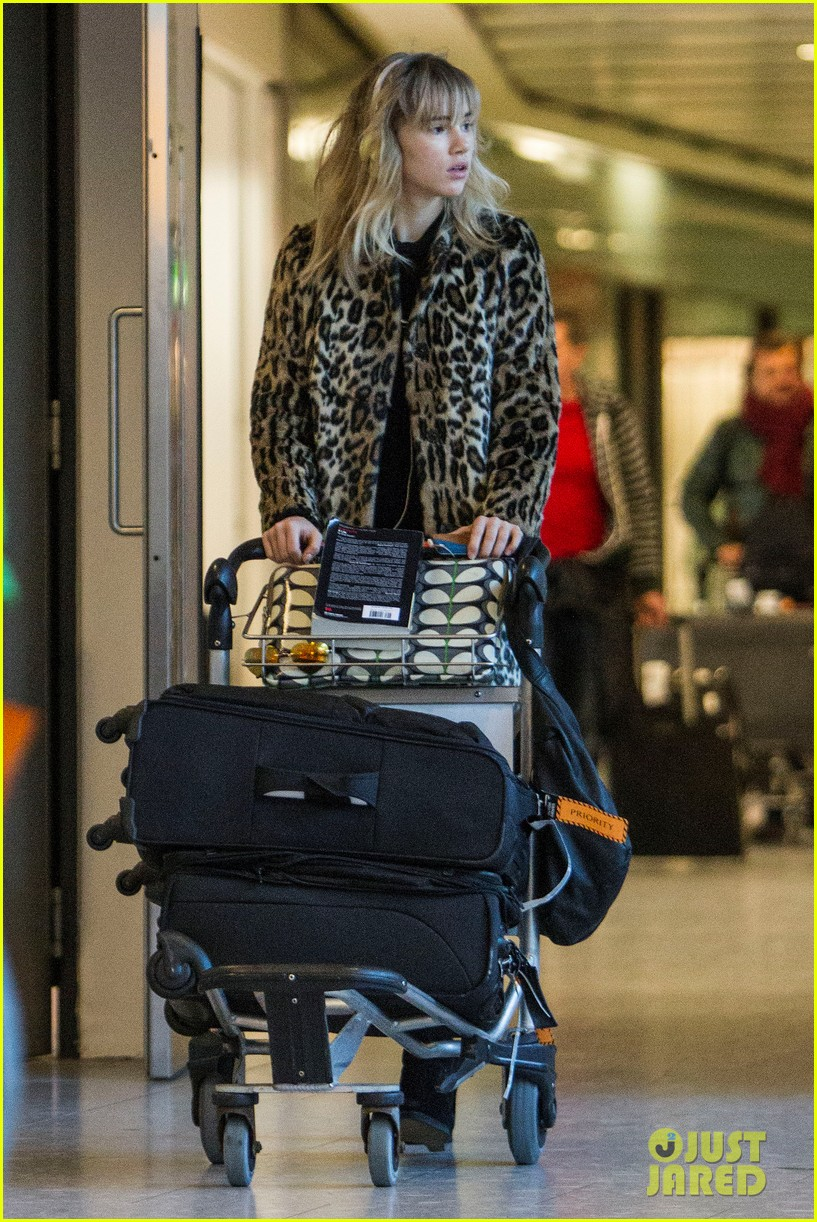 suki waterhouse back in london after joint bradley cooper party 053024430