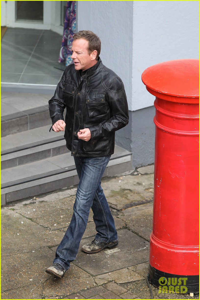 kiefer sutherland sports head would for 24 reboot 013037648