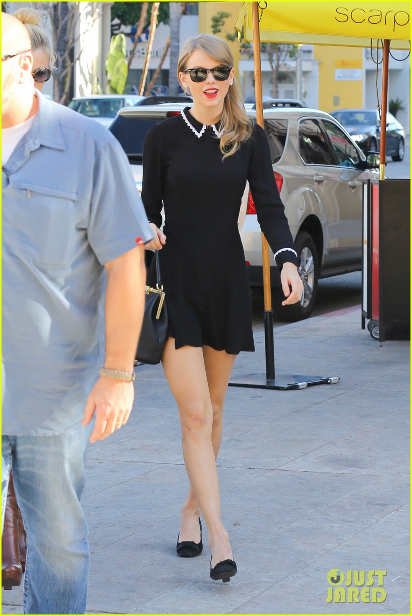 taylor swift bouchon lunch with new friend jaime king 19
