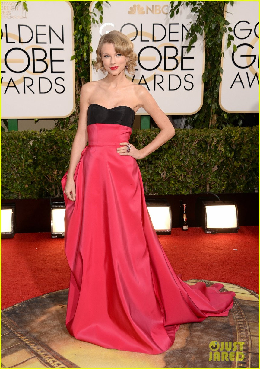 taylor swift golden globes 2014 red carpet 043029270