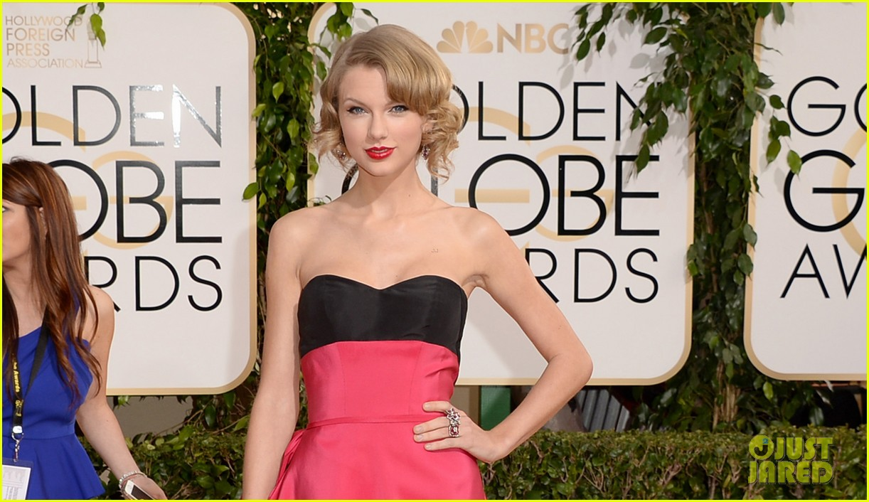 taylor swift golden globes 2014 red carpet 053029271