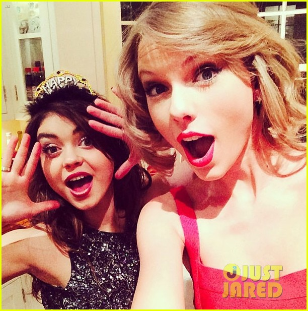 taylor swift new years eve 2014 party with sarah hyland 013020859