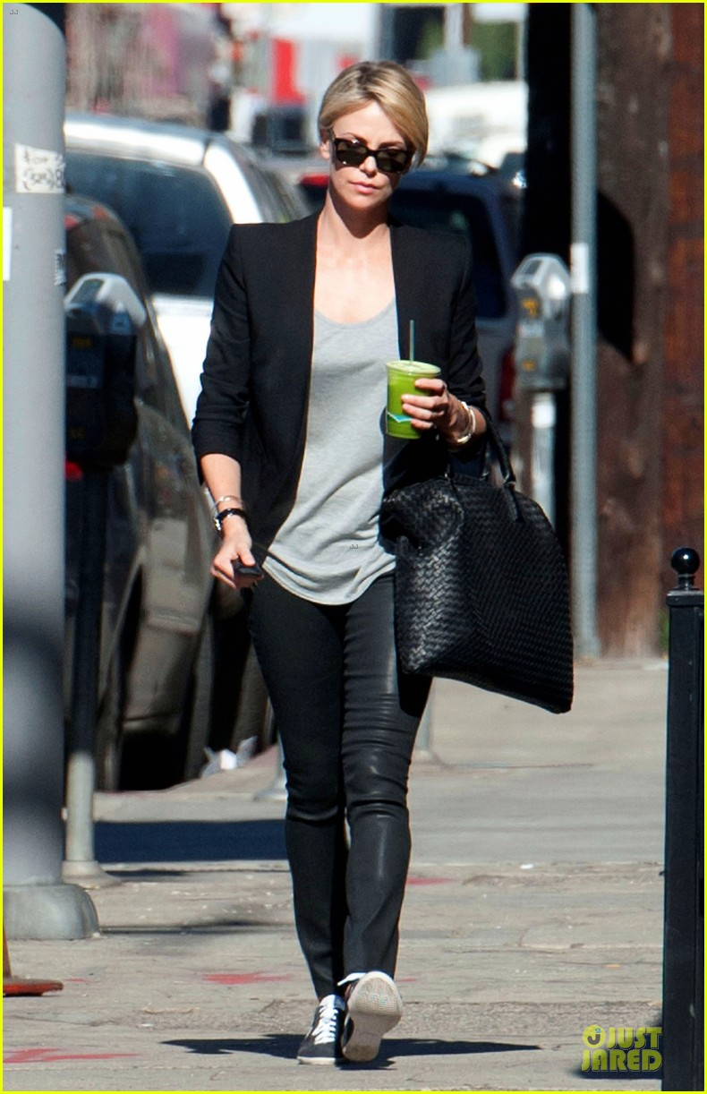 charlize theron hydrated for errands 033031242