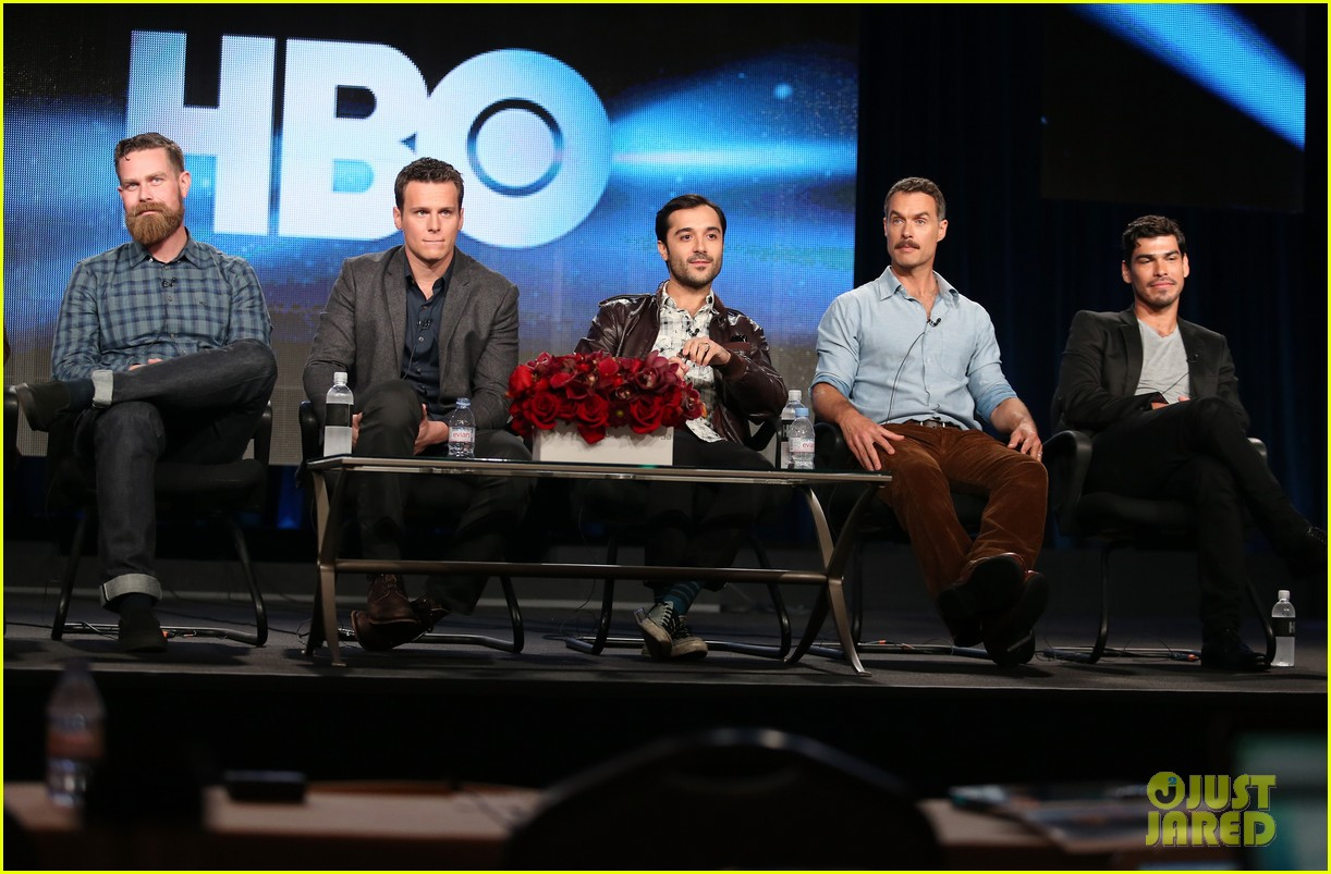 justin theroux jonathan groff hbos tca winter tour panel 073026570