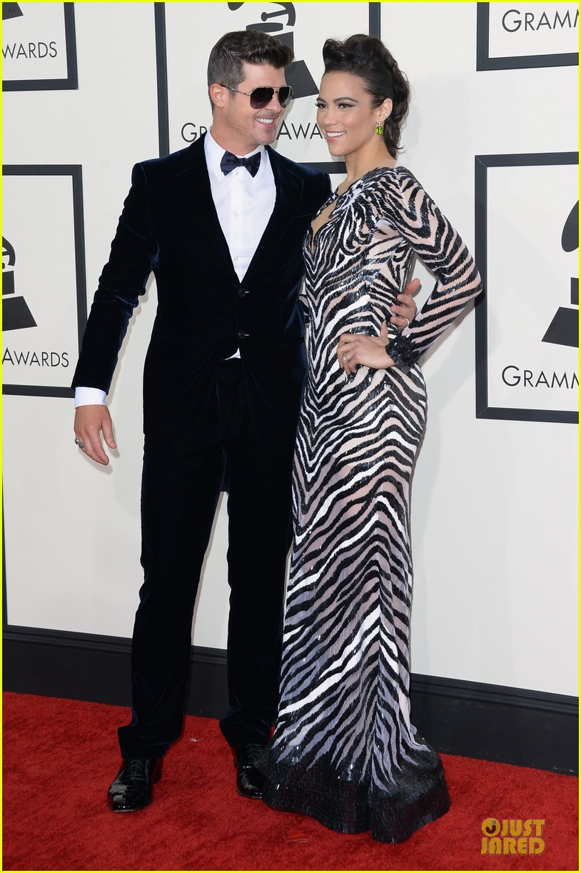 robin thicke paula patton grammys 2014 red carpet 033041126