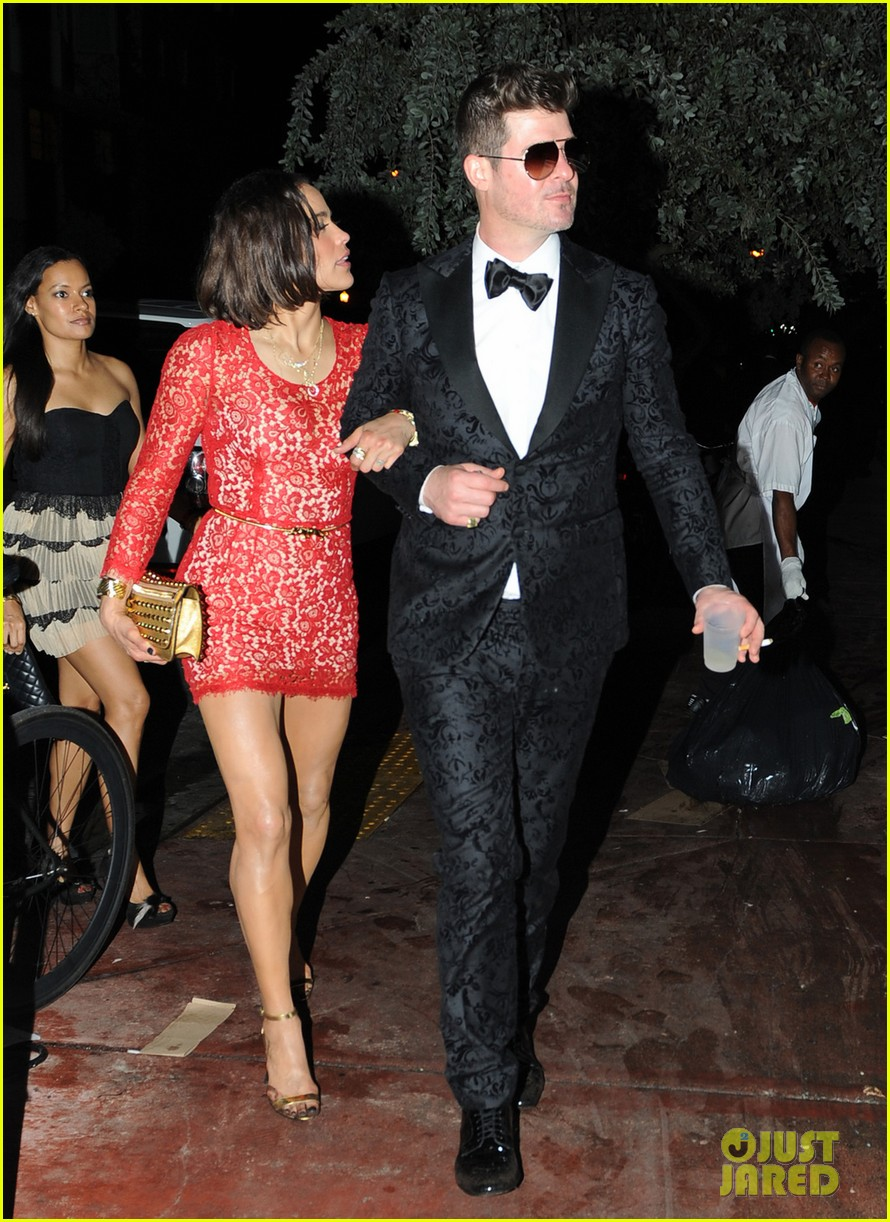 robin thicke paula patton new years eve 2014 in miami 09