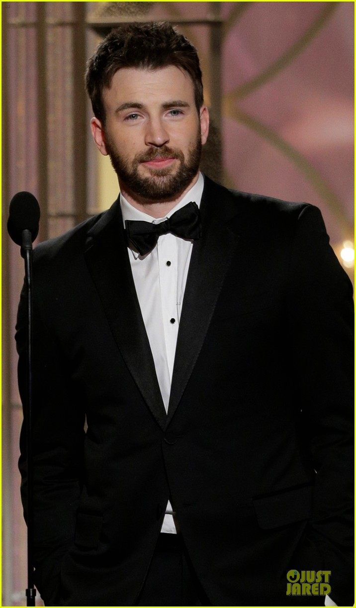 uma thurman chris evans golden globes 2014 presenters 023029797