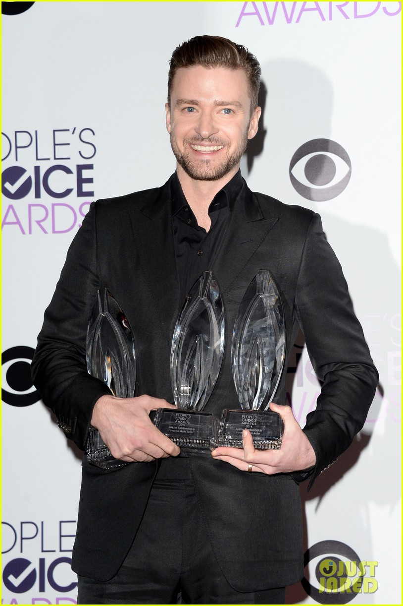 justin timberlakes peoples choice award almost stolen by ellen degeneres 063025618