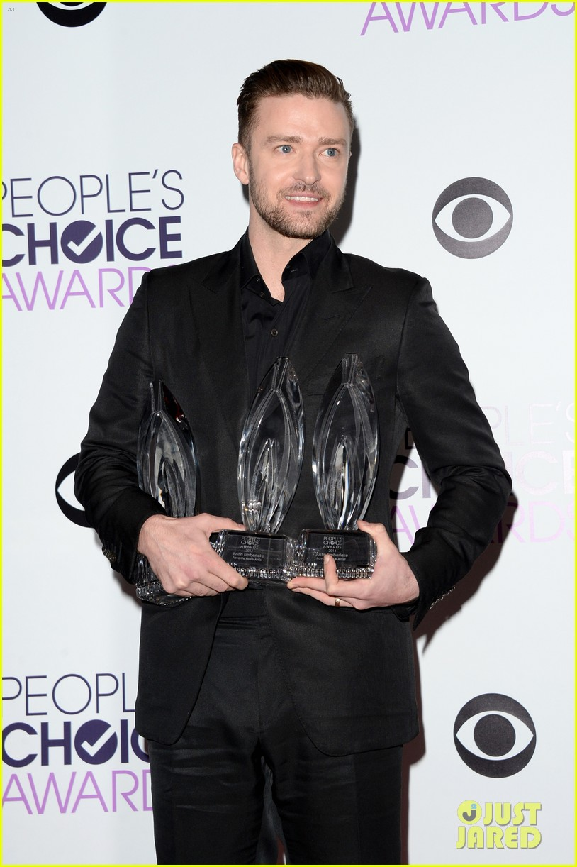 justin timberlakes peoples choice award almost stolen by ellen degeneres 073025619
