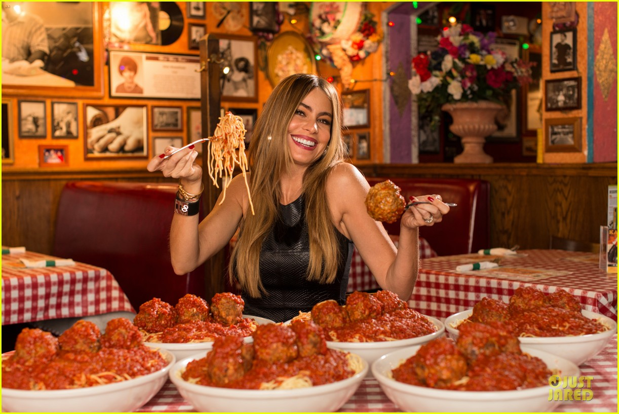 sofia vergara joins buca di beppo to raise money for st jude 043038128