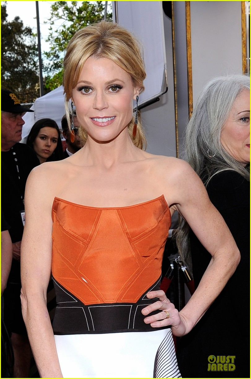 sofia vergara julie bowen sag awards 2014 red carpet 04