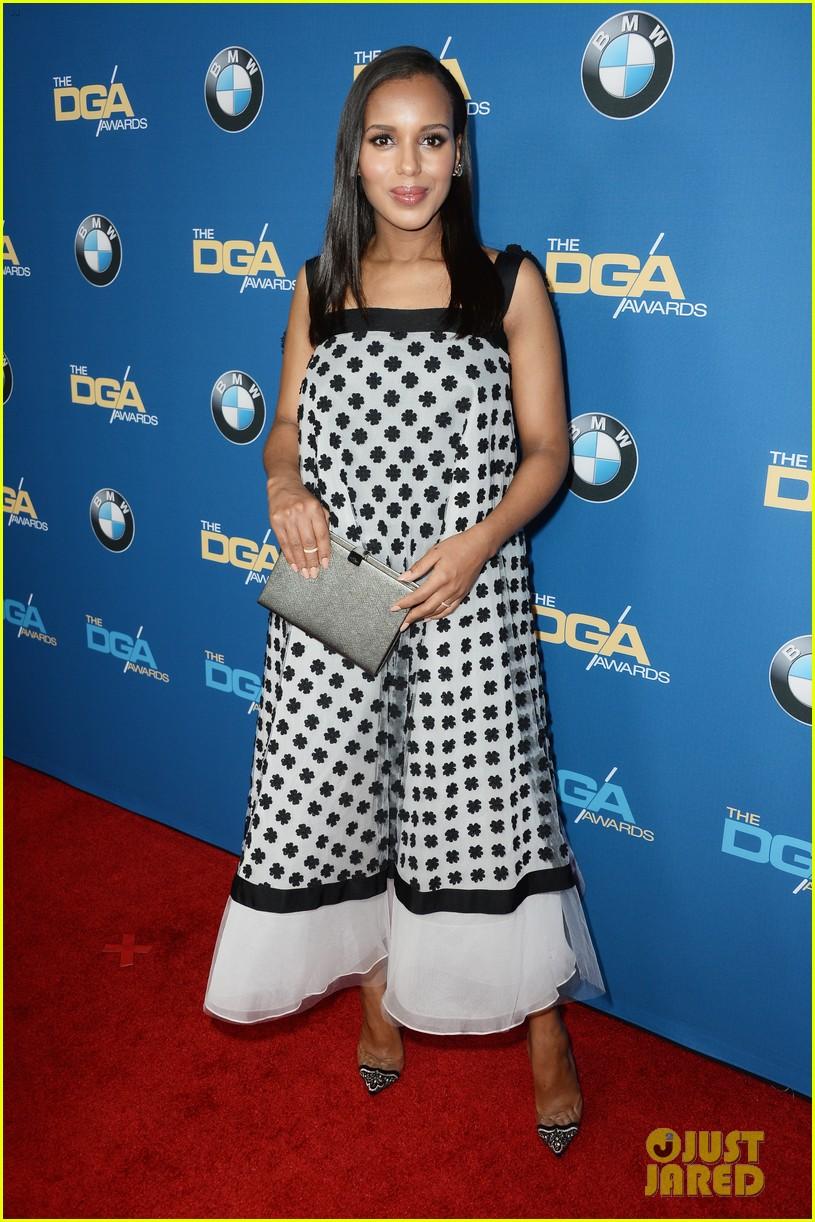 kerry washingtons baby bump fills out dress at dga awards 053040263