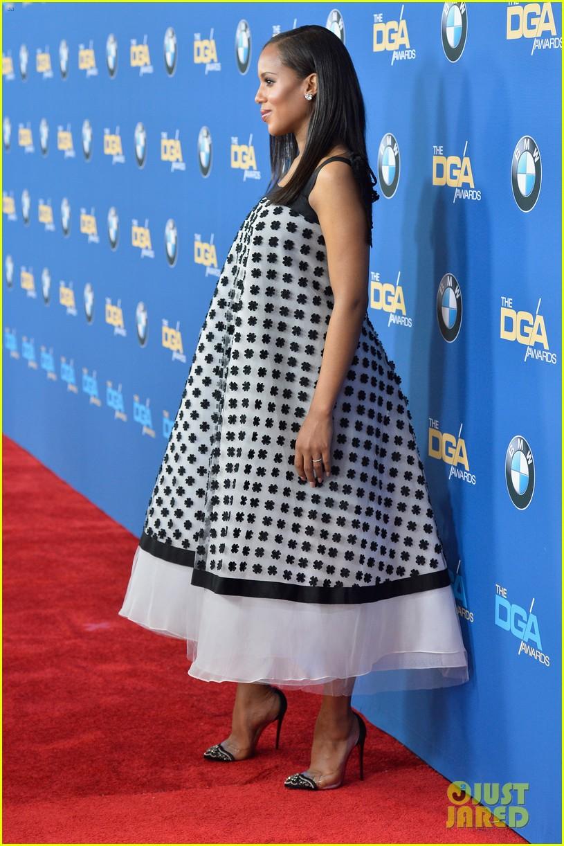 kerry washingtons baby bump fills out dress at dga awards 063040264