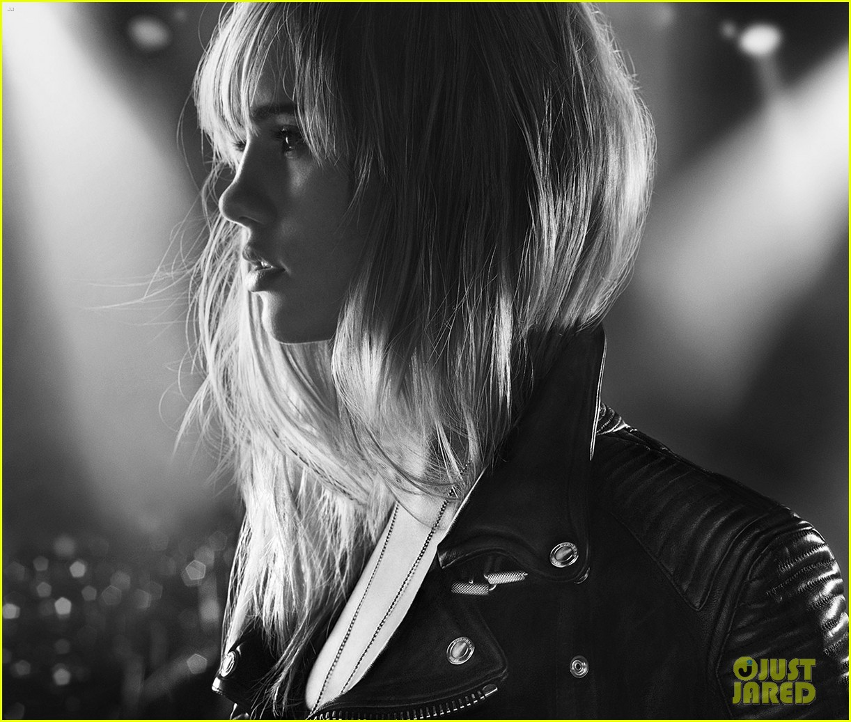 suki waterhouse goes rock n roll for burberry brit rhythm 01