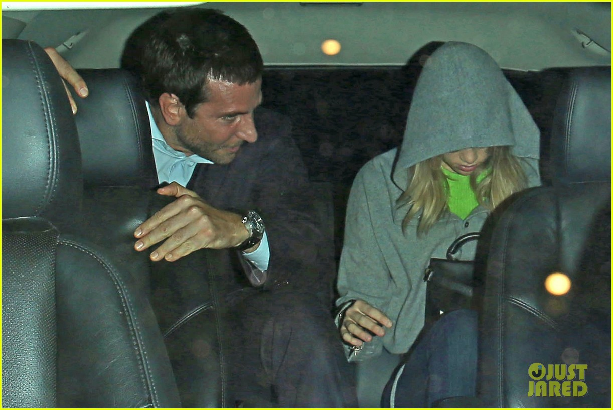 bradley cooper suki waterhouse critics choice after party 03