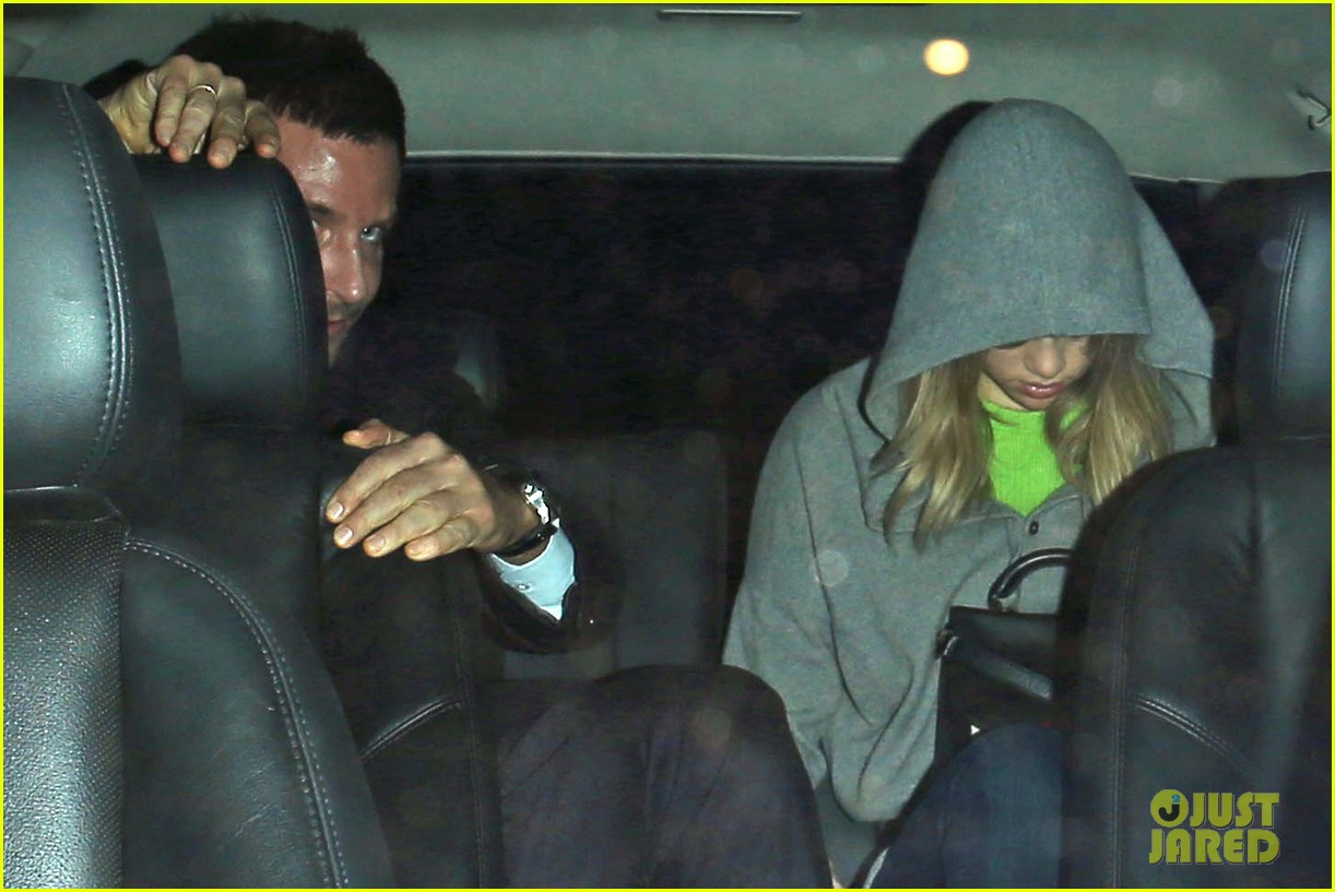 bradley cooper suki waterhouse critics choice after party 093033357