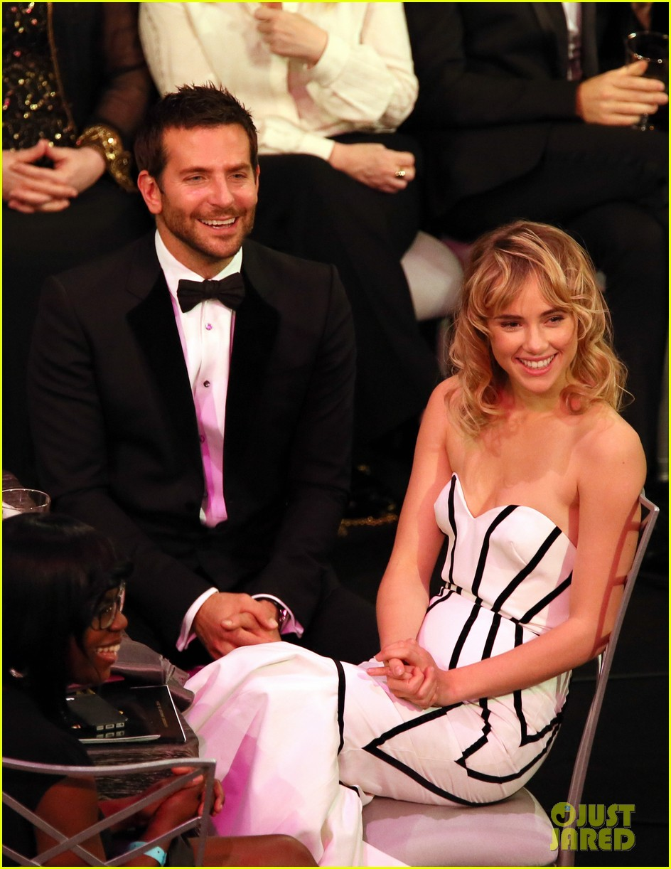 suki waterhouse sag awards 2014 with bradley cooper 043034865