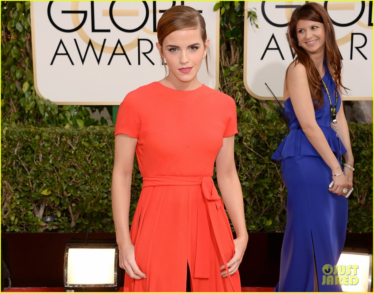 emma watson golden globes 2014 red carpet 043029220