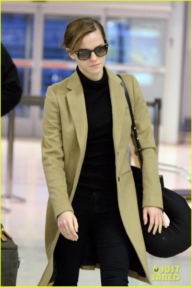 emma watson leaves new york city after quick trip 023037674