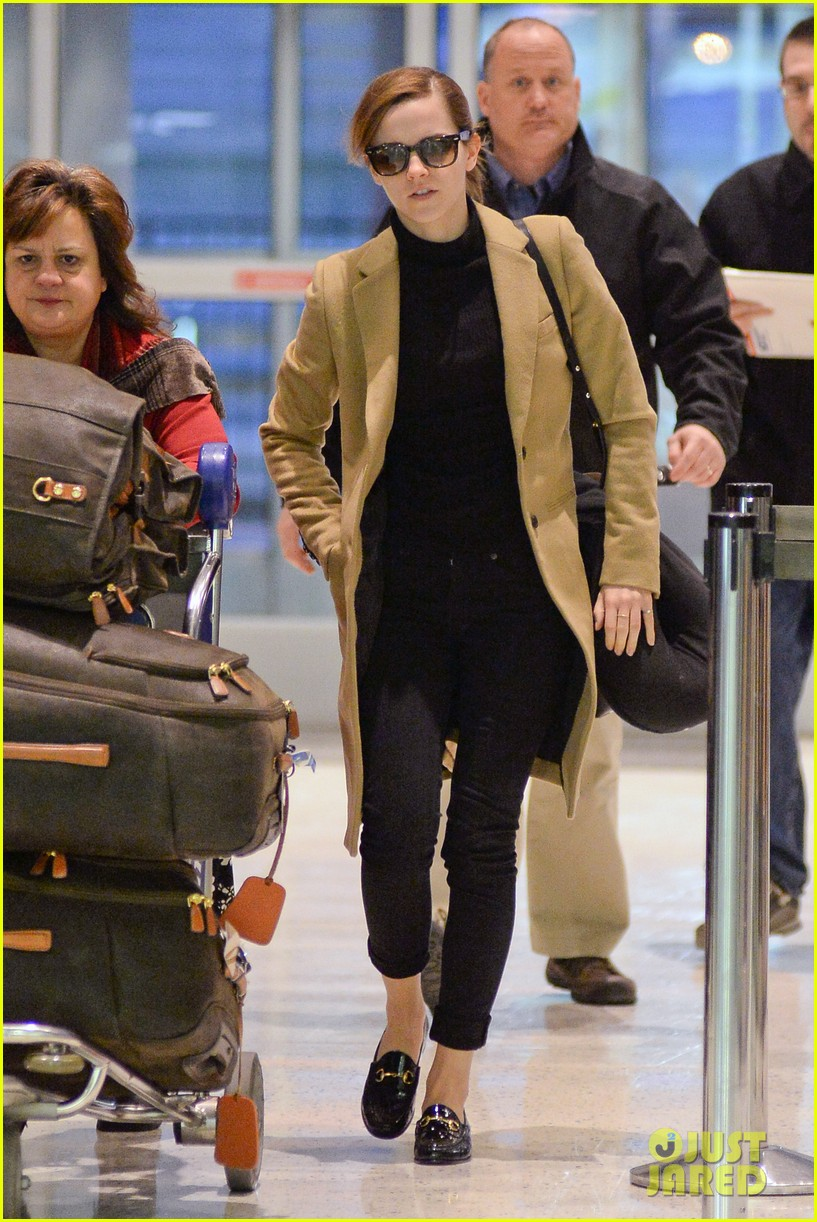 emma watson leaves new york city after quick trip 033037675