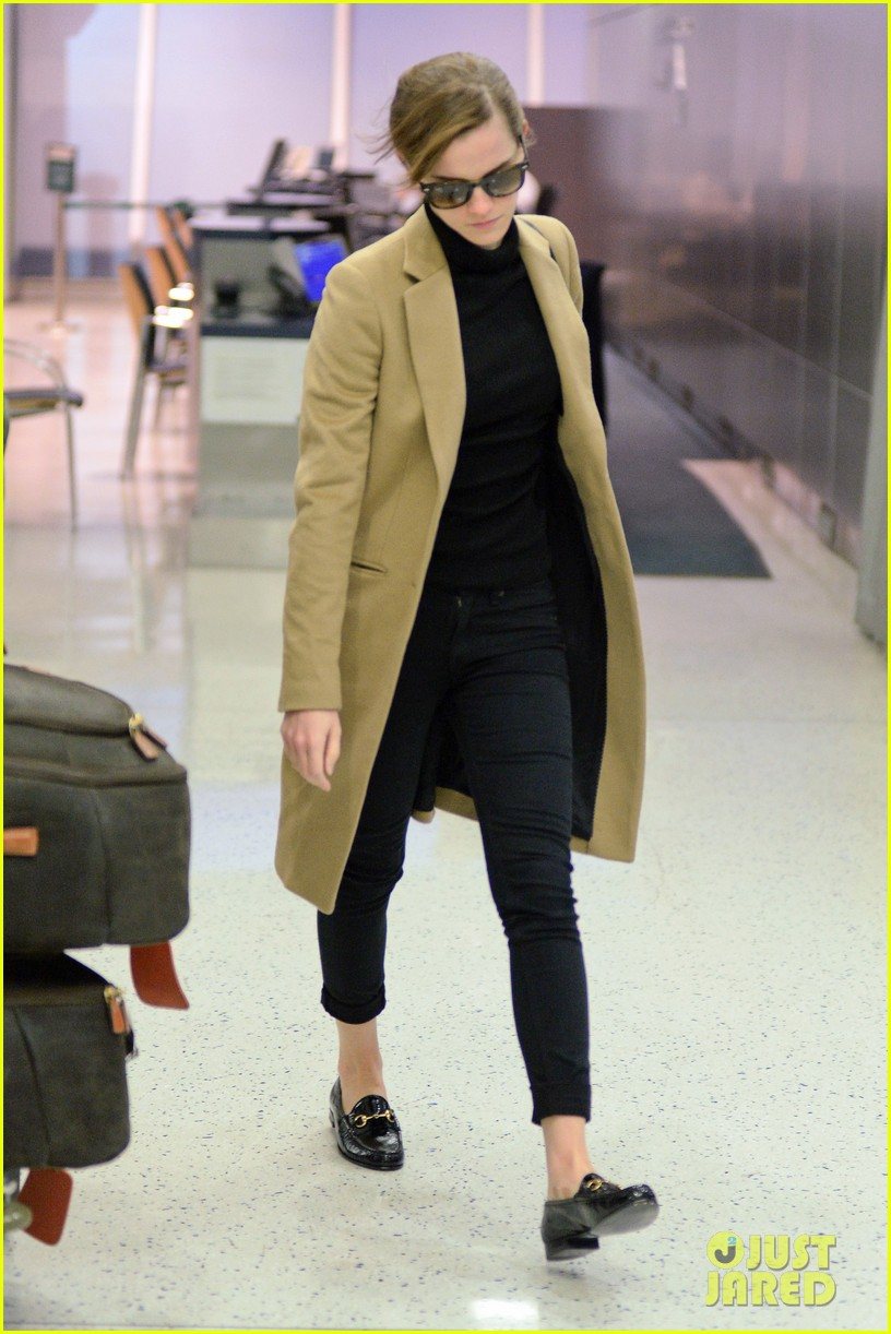 emma watson leaves new york city after quick trip 053037677