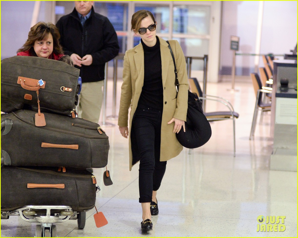 emma watson leaves new york city after quick trip 073037679